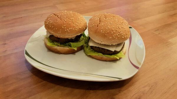 SOTO Burger Grünkohl-Hanf