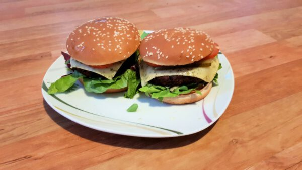 SOTO Burger Cashew-Black Bean