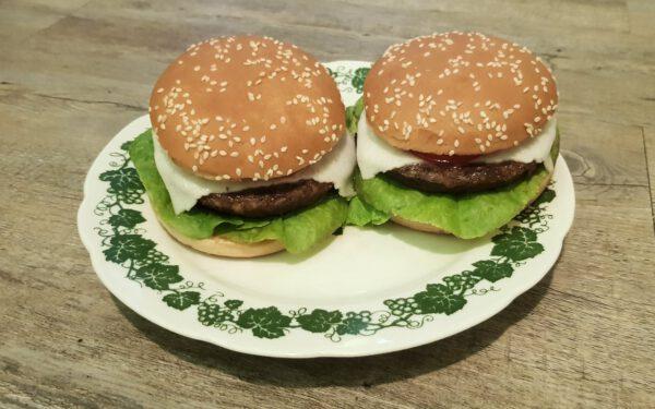 Lotao Jackfruit Burger